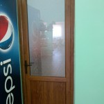 двери цена установка